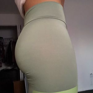 Pants - Athletic Leggings